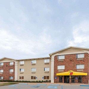 Welcome to the Super 8 Wichita Falls