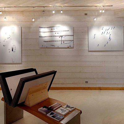 Interno - Ikonos Art Gallery
