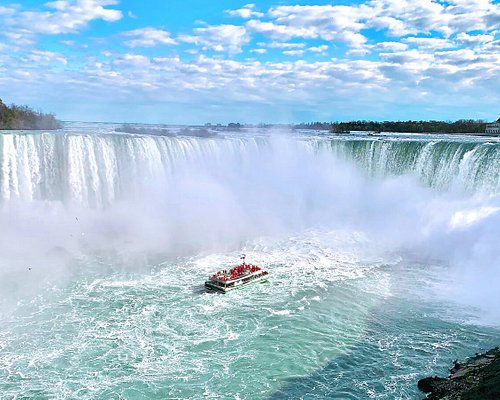 Niagara City Cruises Voyage to the Falls boat tour