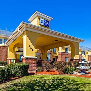 Welcome to the Best Western Fort Worth Inn & Suites!
