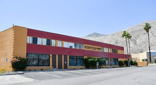 Antique Galleries of Palm Springs building.