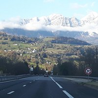 On the road entre Albertville et Faverges