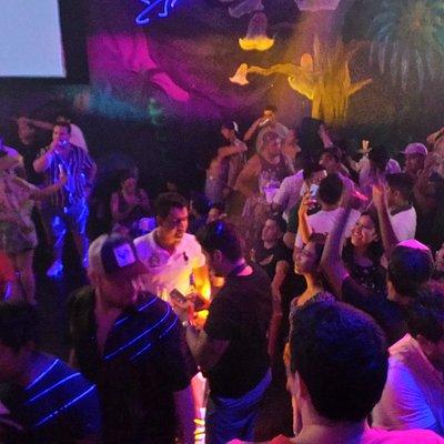 ¡El mejor antro de Huatulco ¡La Papaya High Club Huatulco!