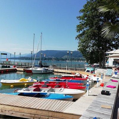 Steigen Sie von unserer neuen Hafenanlage - mit moderner E-Infrastruktur - direkt ein in Ihr Bootsvergnügen