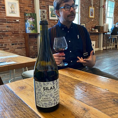 Alex manages the place and tells you about the process by which he makes the wines. Beautiful indoor facility with maps of Oregon wallpaper all around. This is the kind of wine tasting experience that you want to come back for!
