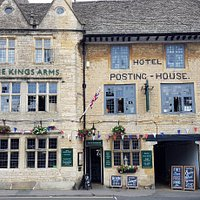 The Kings Arms pub, restaurant and hotel