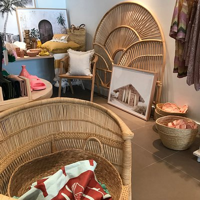 Homewares, gifts, furniture pieces, women's wear and fashion accessories at OASIS Lifestyle boutique Airlie Beach, 303 Shute Harbour Road