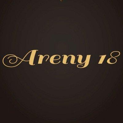 Areny 18 siempre en la mejor compañía