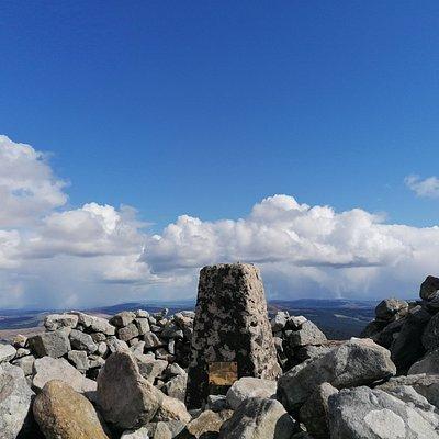 Keeper Hill summit