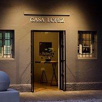 Entrada al restaurante, casona restaurada de la familia Gilardi.
