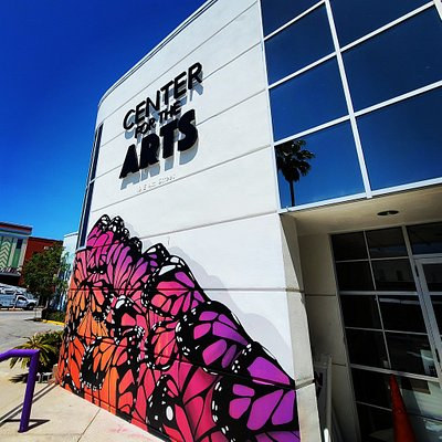 Sporting a beautiful butterfly mural by Cameron Moberg and managed by the Bay Arts Alliance, the Center for the Arts is an icon for the arts in downtown Panama City.