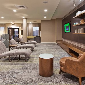 Lobby Lounge - Home Theater