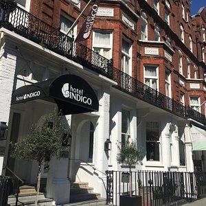 Hotel Indigo Kensington, located at Barkstons Gardens