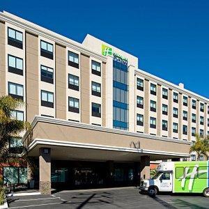 hotel exterior with van