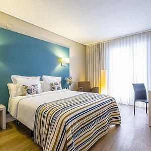 619064 Guest Room