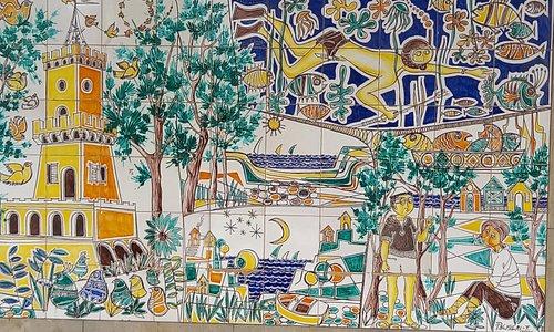 Pineto,opera del maestro ceramista Palmieri.