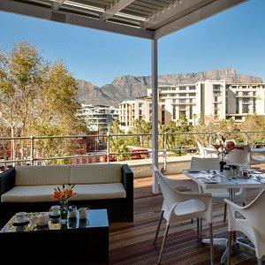 Stonebreakers Restaurant - Outdoor Deck