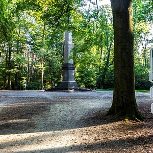 Obelisk in het Park van Brasschaat