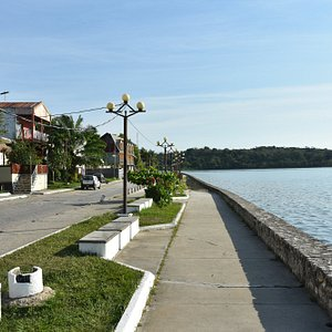 Malecon Isla De Flores