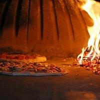 Pizza iz krušne peći