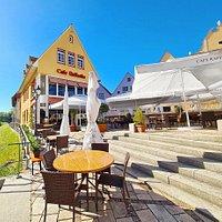 Ristorante Cafe Raffaello im Herzen der Donauwörther Altstadtinsel Ried.