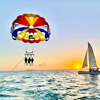 Triple Flyers on Sunset Parasailing and Carolina Moon Champagne Sunset Cruises