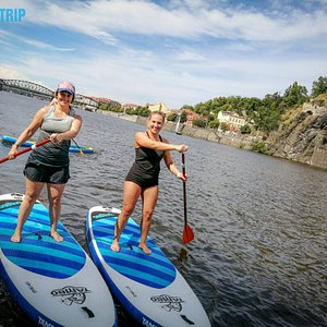Explore one of the most beautiful cities on Paddleboard.