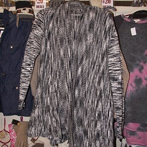 NH - PORTSMOUTH - 20 BELOW BOUTIQUE - THE REPARTEE SWEATER THAT I BOUGHT
