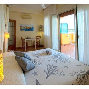Suite con terrazzo vista mare esclusivo.