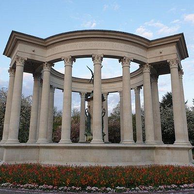 Cofeb ryfel Cenedlaethol Cymru - Welsh National War Memorial, Alexandra Gardens, Cardiff. Visited End April 2021