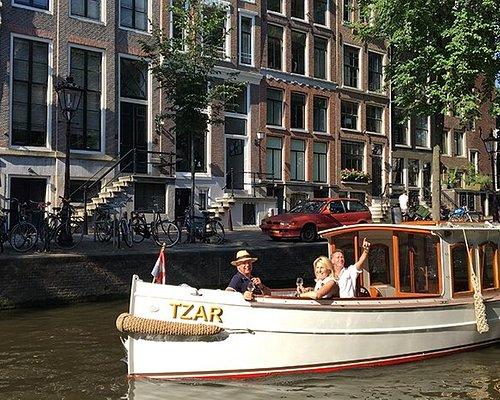 Salonboot Tzar