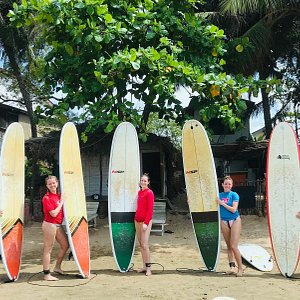 happiness is surfing
