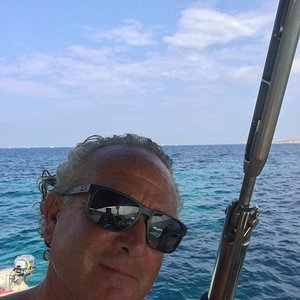 Peter Ellul Vincenti. Owner and skipper of Ace and Mañana. I am passionate about what I do and love to see happy guests on my boats! I look forward to welcoming you and your friends and family on one of my spacious yachts to enjoy Malta at its best!