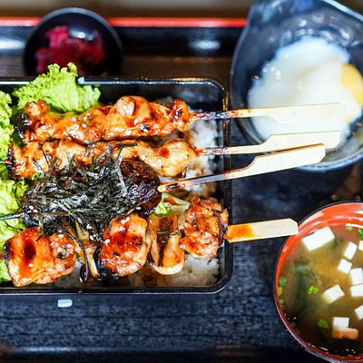 Sumibi Yakitori Don Set created purposely to introduce Syokudo Yae to the public who came for lunch.