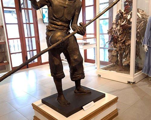 פסל של עבד