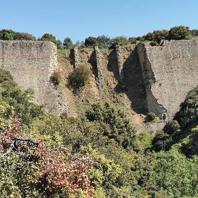 La ruina de la presa del Gasco.