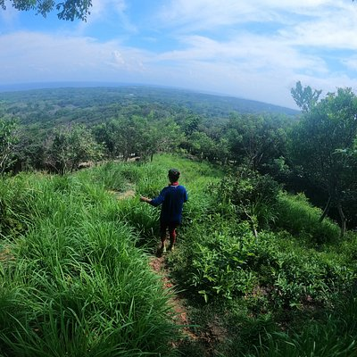 Hiking Utila Bay Island Honduras