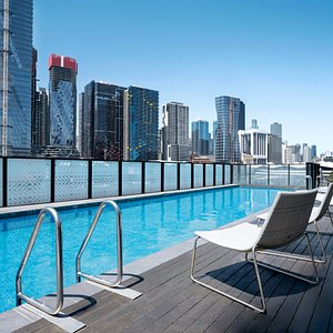 Peppers-Docklands-Melbourne-Outdoor-Heated-Pool-1
