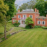 Welcome to Glendower Historic Mansion  photo credit: Kristen G. Photography
