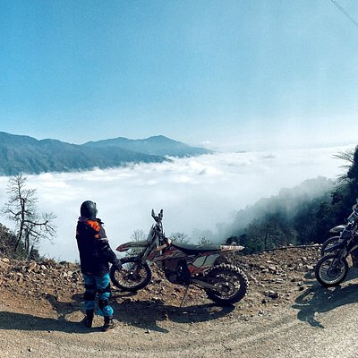 Adventure brings to you all one of the greatest Vietnam enduro tours from Hanoi to Ta Xua in 4 days