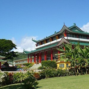 Hsu Yun Temple is claimed to be Hawaii's (possibly the western world's) very first Chinese Buddhist Hall. There is also putative claim that it was, on construction, the largest Chinese Temple in the history of the Americas (6,000 sq ft).