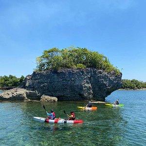 Tambobong Adventure Tour @Dasol Pangasinan Philippines. fantastic hard working guide, nice variety going between Colibra island.