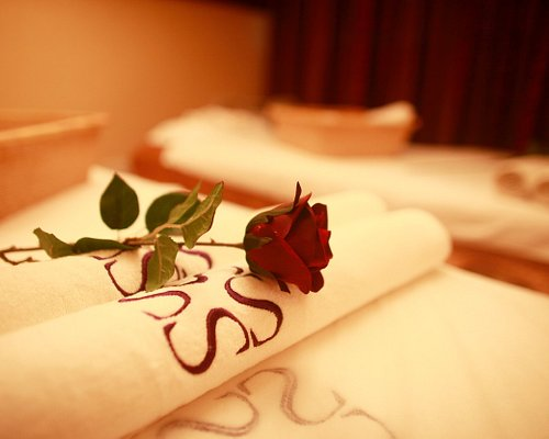 I am a qualified and experienced massage therapist  Deep tissue/ relaxing full body massage to release aches and pains, back , neck and shoulders stiffness/ tension.  Service is completely professional Non Sexual  Open 11 am- 9 pm call:0-8-3-4-6-6-0-9-9-8