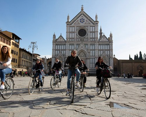 Bikes are allowed everywhere in Florence!