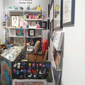 Amazing selection of artworks, souvenirs and gifts