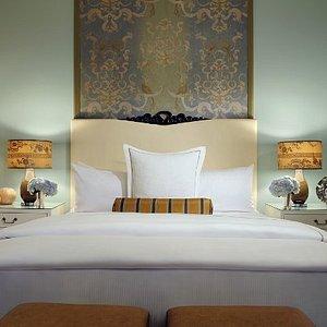 Bdrm Penthouse Bedroom