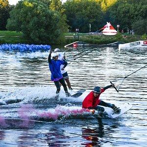Крупные соревнования в Строгино Вейк Парк.
