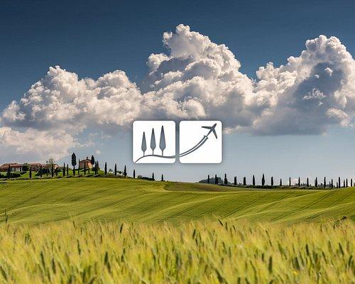 "Tuscany: Val d'orcia (<a href=""https://www.freepik.com/photos/tree"">Tree photo created by wirestock - www.freepik.com</a>"