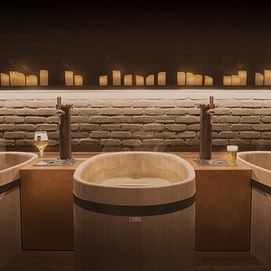 The monk, the largest room with three tubs and a capacity up to six people