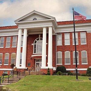 Historic William King Museum of Art, (WKMA) located at 415 Academy Dr. Abingdon, VA 24210.